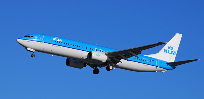 KLM-airplane-tips-for-cheap-flights-from-Europe-to-Brasil